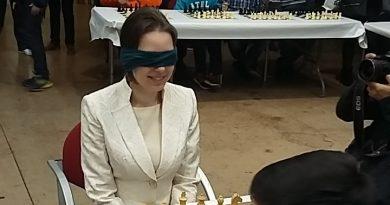Exhibición de ajedrez en Paterna.