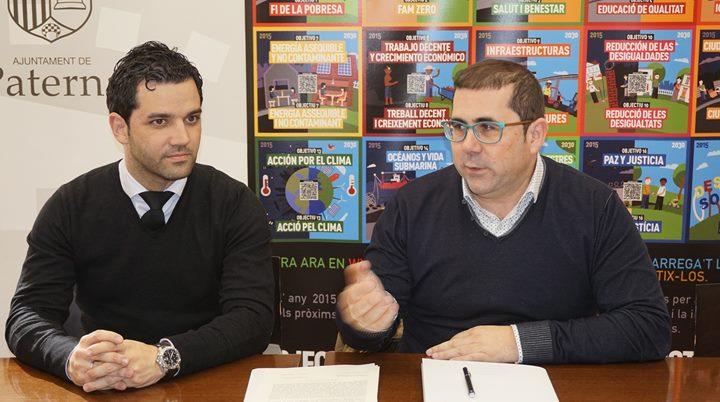 Sagredo y Buyolo durante la presentación de la campaña a escolares