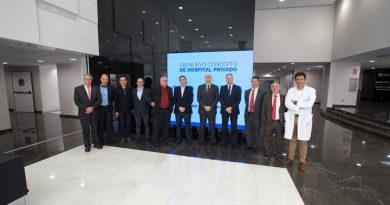 Miembros del cuerpo consultar de la Comunitat visitaron el Hospital IMED Valencia