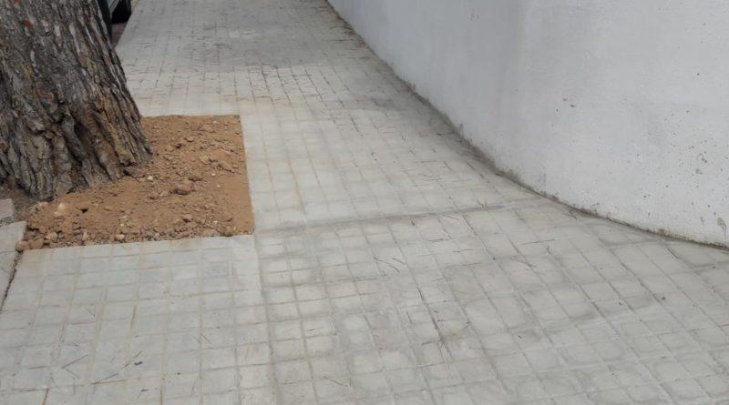 El Ayuntamiento mejora la movilidad peatonal de una decena de calles de la Canyada