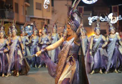 Los Moros y Cristianos se convierten en los protagonistas en las Fiestas Mayores de Paterna